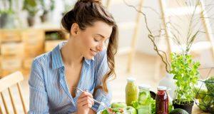 Zoznam potravín, ktoré vám pomôžu zbaviť sa akné